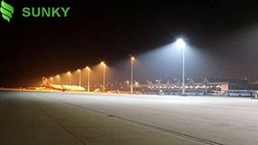 So sánh sự khác biệt giữa đèn pha led và đèn led spotlight