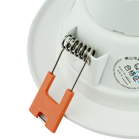 Tai cài lò xo đèn led âm trần đế dày FSL